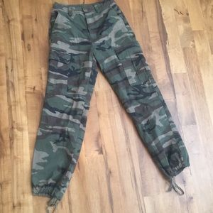 Forever 21 cargo camo pants